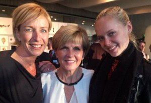 Julie-Bishop-welcomed-in-Paris-300x251