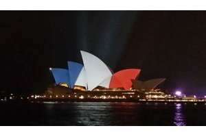 sydney-opera-house-paris-attack
